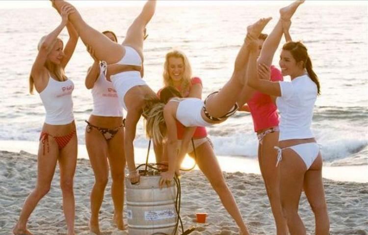 Недотепы на пляже: 50 самых смешных фото отдыхающих