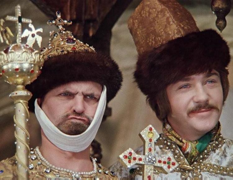 Сколько на самом деле лет было актёрам в культовых советских фильмах